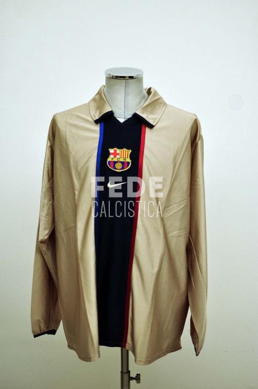 0007__1__barcelona_31_thiago_motta_2001_2002_champions_league