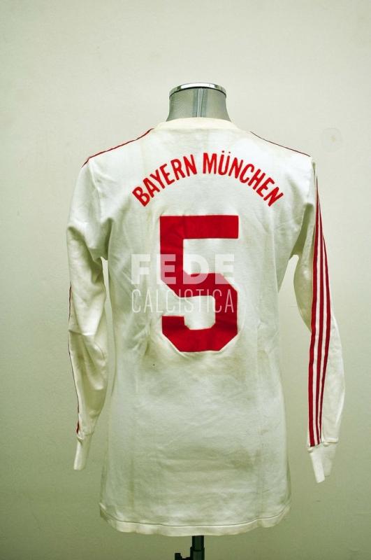 0016__2__bayern_munchen_5_augenthaler_1985_1986_bundesliga