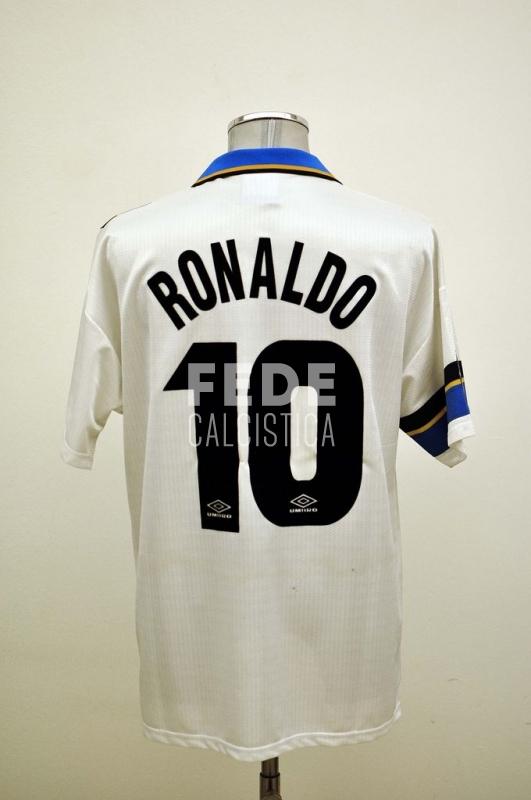 0133__2__internazionale_10_ronaldo_1997_1998_serie_a