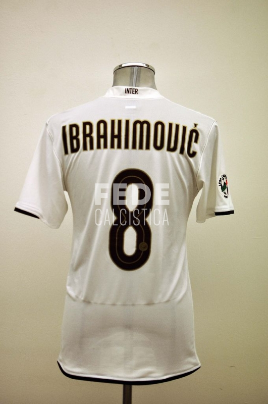 0163__1__internazionale_8_ibrahimovic_2008_2009_serie_a