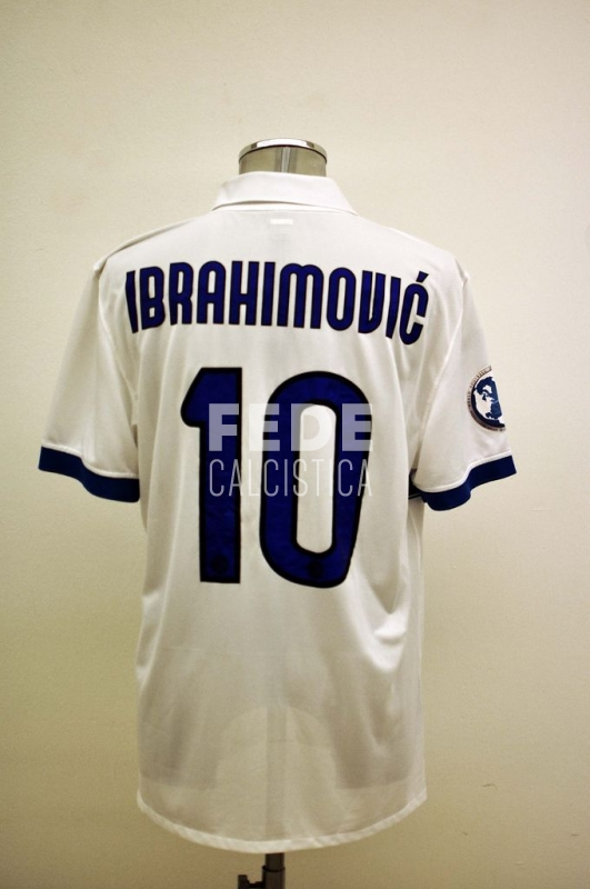 0173__1__internazionale_10_ibrahimovic_2009_2010_world_football_challenge