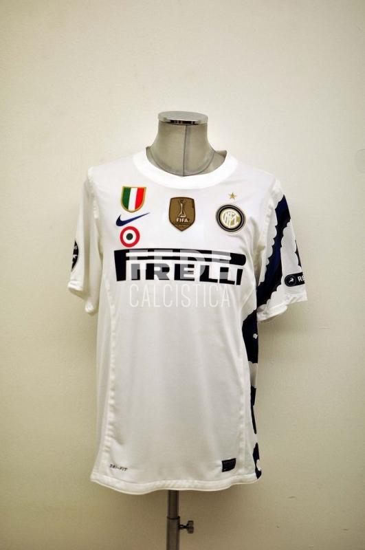 0192__2__internazionale_4_j_zanetti_2010_2011_champions_league