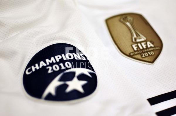 0192__3__internazionale_4_j_zanetti_2010_2011_champions_league