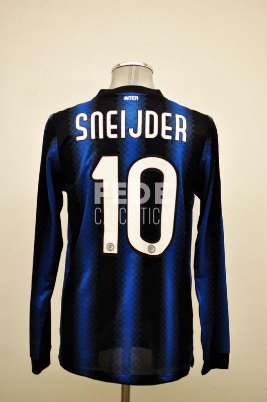 0201__1__internazionale_10_sneijder_2010_2011_serie_a