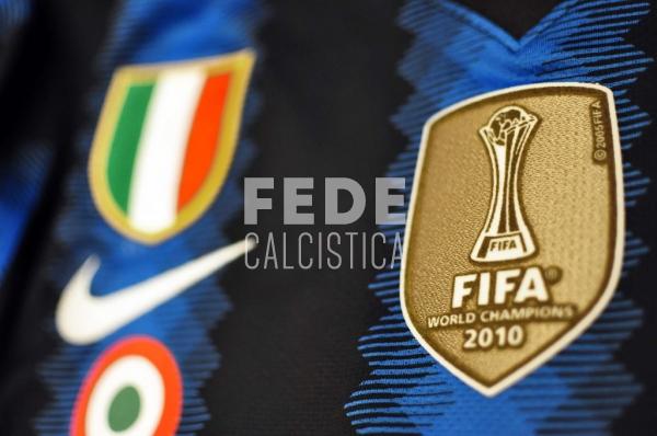 0201__3__internazionale_10_sneijder_2010_2011_serie_a
