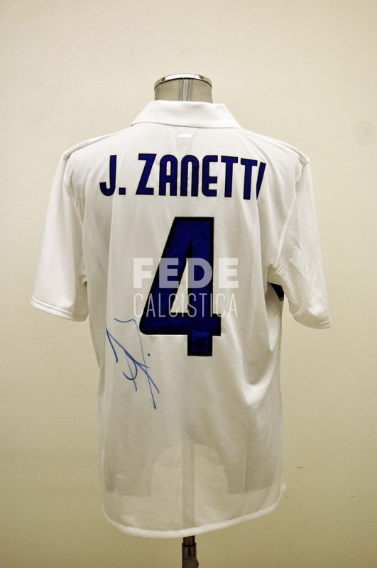 0203__3__internazionale_4_j_zanetti_2011_2012_serie_a