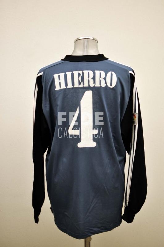 0258__2__real_madrid_4_hierro_2001_2002_liga