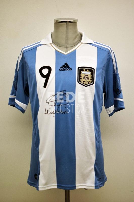 0007__1__argentina_9_higuain_2011_amichevole